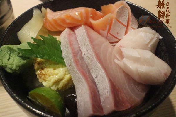 【中山國中站】躼腳日式料理~平價生魚片丼飯,有著阿莎力的台味